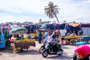 Vor den Toren der Altstadt gibt es kleine Märkte für die einheimischen.