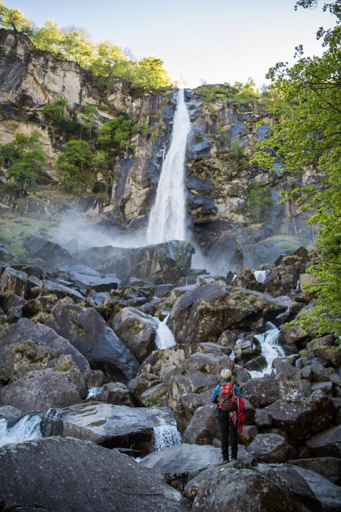 Eindrücklich. Die Grösse und die Kraft des Wasserfalls!
